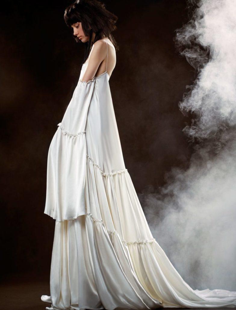 Vera Wang - Bridal Collection Spring 2018 - via vogue.com