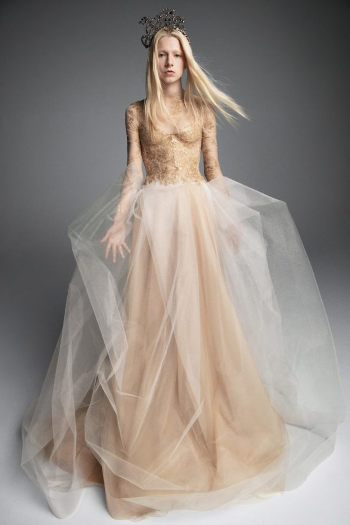 Vera Wang - Wedding Dress - Fall Bridal Collection 2019 - via vogue.com