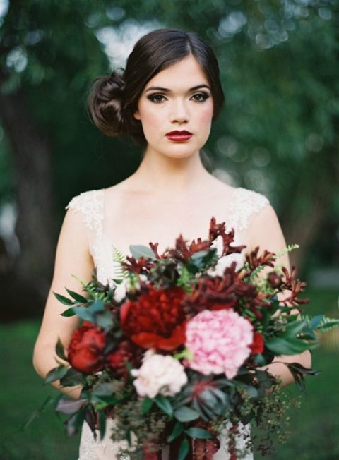 Fall Wedding Makeup - via happywed.com