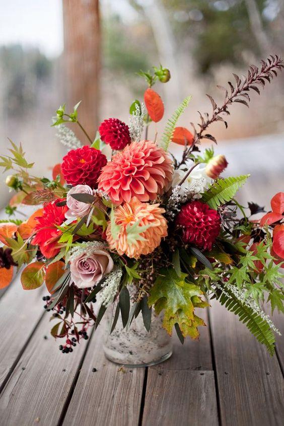 chrysanthemum mixed flower centerpiece - via kateaspen.com