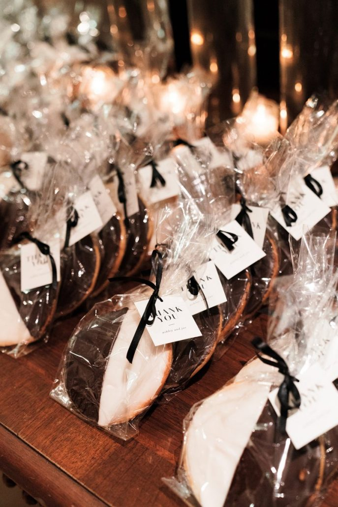 Ashley Joe Wedding - Black & White Cookie Favors - Wave Hill - Heather Waraksa PhotographyAshley Joe Wedding - Black & White Cookie Favors - Wave Hill - Heather Waraksa Photography