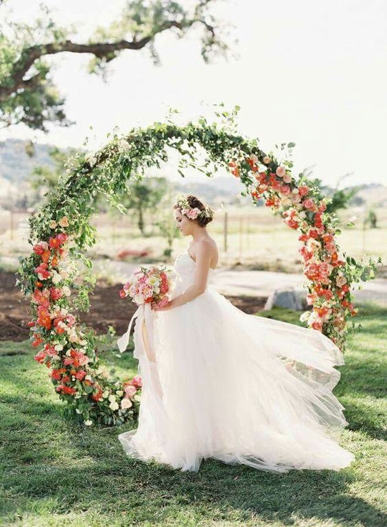Wedding Circle Arch - Living Color - via stylemepretty.com