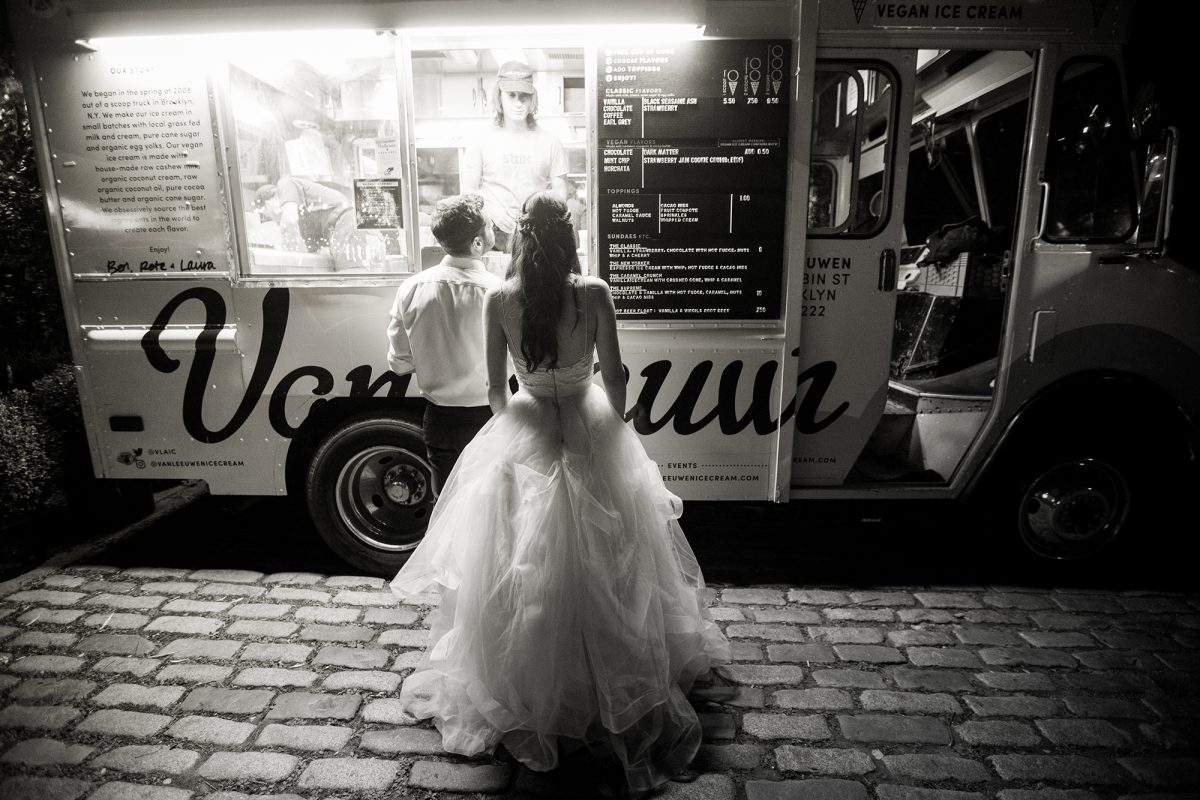 Sara & Mitch Wedding - Van Leeuwans Ice Cream Truck - The-Foundry - Craig Paulson Studio