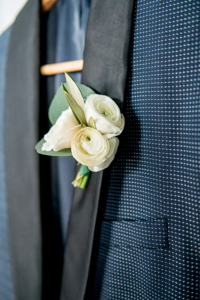 Michelle & Dustin Wedding - Boutonniere - The Rockleigh - Manuel Montenegro Photography