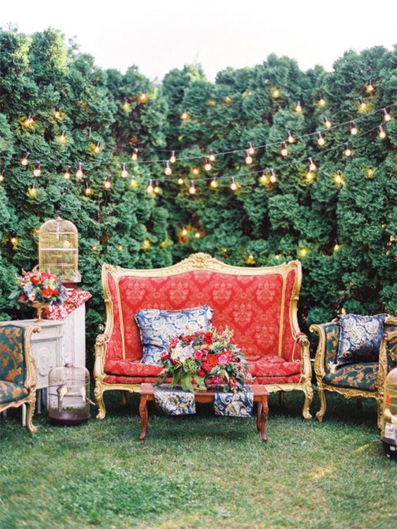 Outdoor Wedding Lounge Ideas - via ruffleblog.com