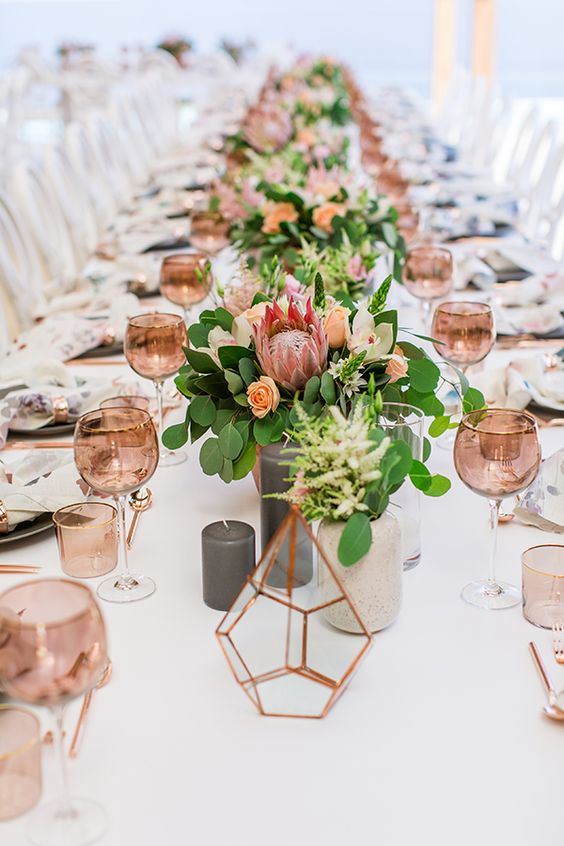 Summer Wedding Table Decor - via chicandstylishweddings.com
