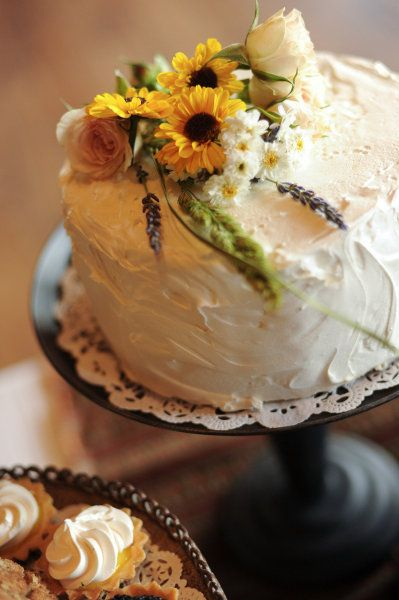 Sunflower Wedding Cake - via stylemepretty.com