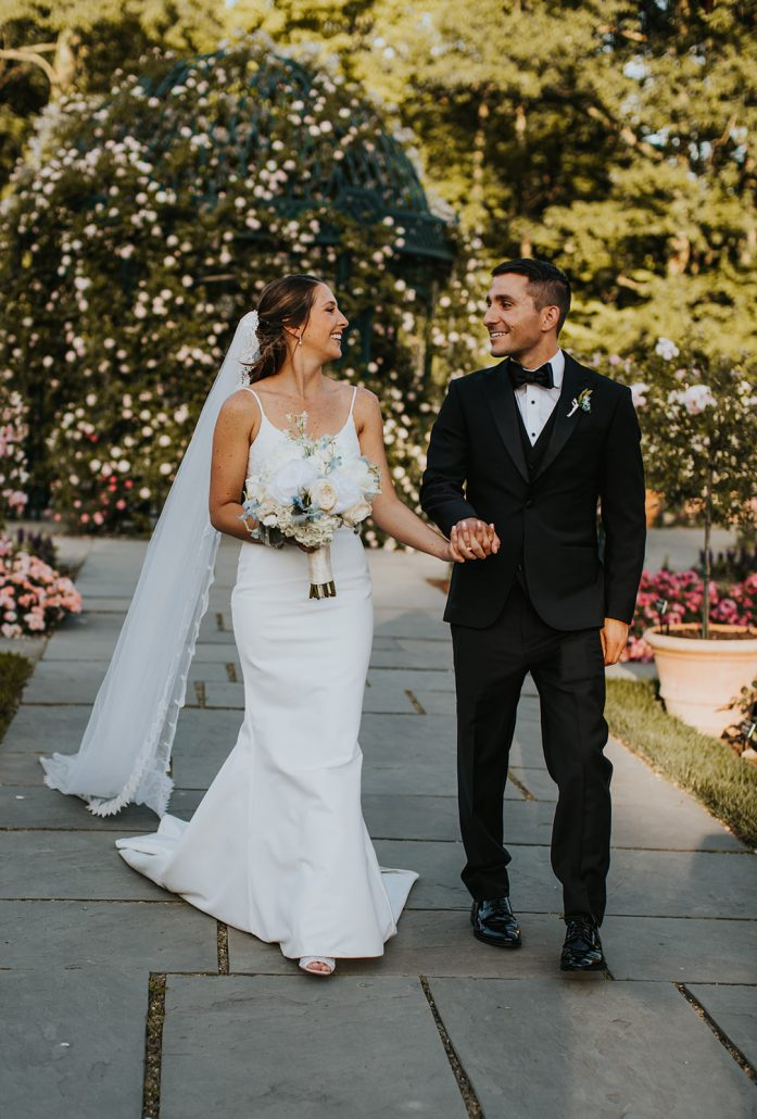 Kelsey and Matt Wedding - Bride Groom Bouquet - New York Botanical Garden - Hitches and Unions