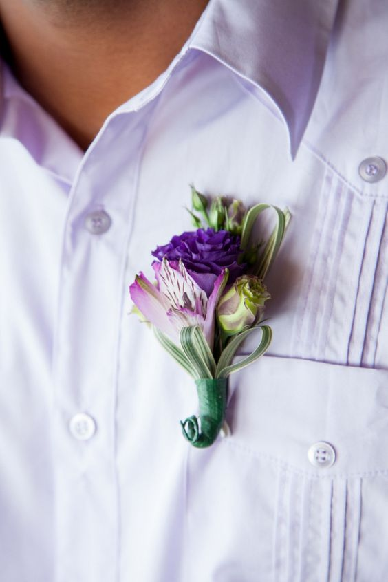 Alstroemeria boutonniere - via destinationweddingdetails.com