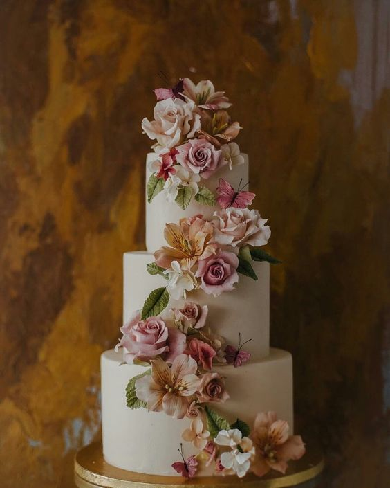 Alstroemeria Wedding Cake - via pinterest.com