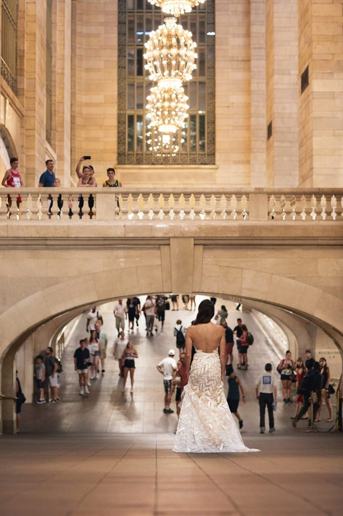 Laura and Charlie Wedding - First Look Grand Central - Cipriani - Christian Oth Studio