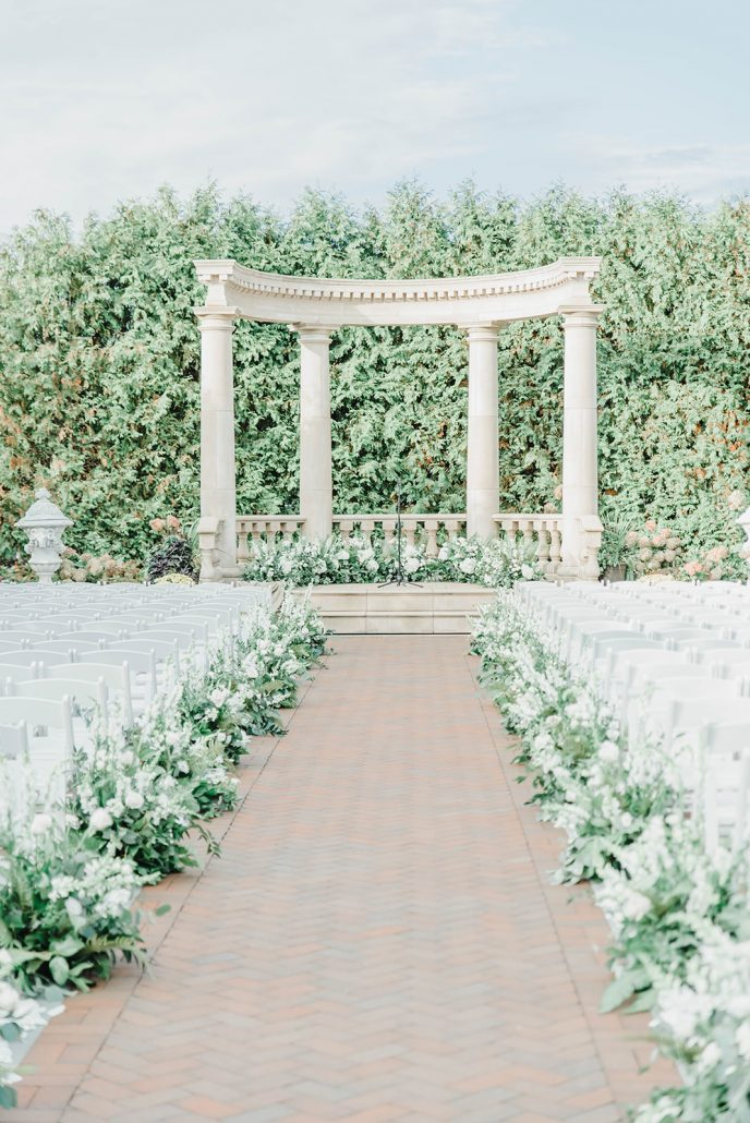 Victoria and Doug Wedding - Floral Ring Aisle Arrangements - The Rockleigh - Molly Sue Photography