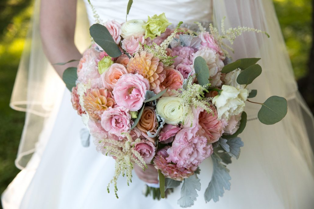 Kat and Ryan Wedding - Bridal Bouquet - New York Botanical Garden - Laurie Rhodes Photography