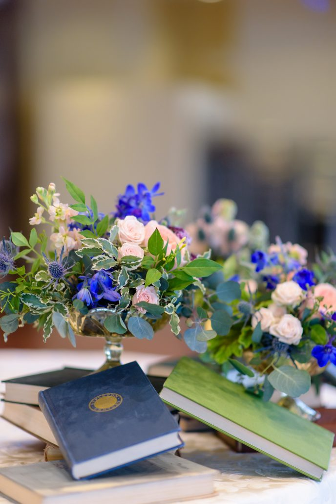 Shoshana & Michael Wedding - Low Centerpiece - Carlyle on the Green - Susan Stripling Photography