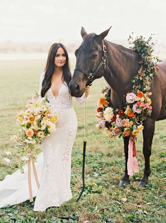 Kacey Musgraves Wedding Bouquet - via marthastewartweddings.com
