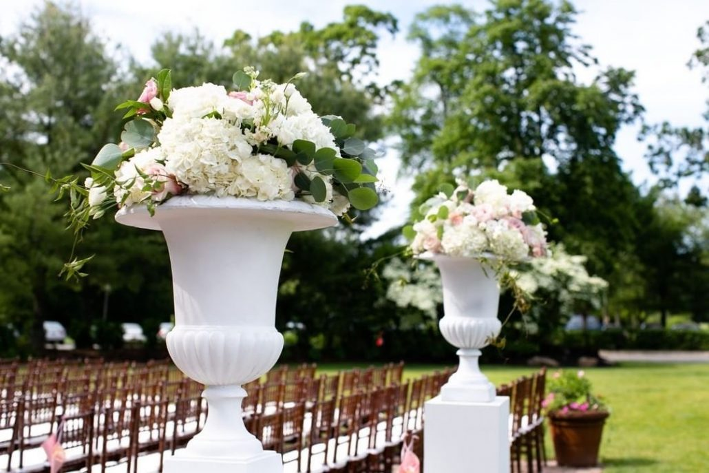 Fanta and Darwin Wedding - Ceremony Aisle Arrangements - Stonebridge Country Club - Belluci Films