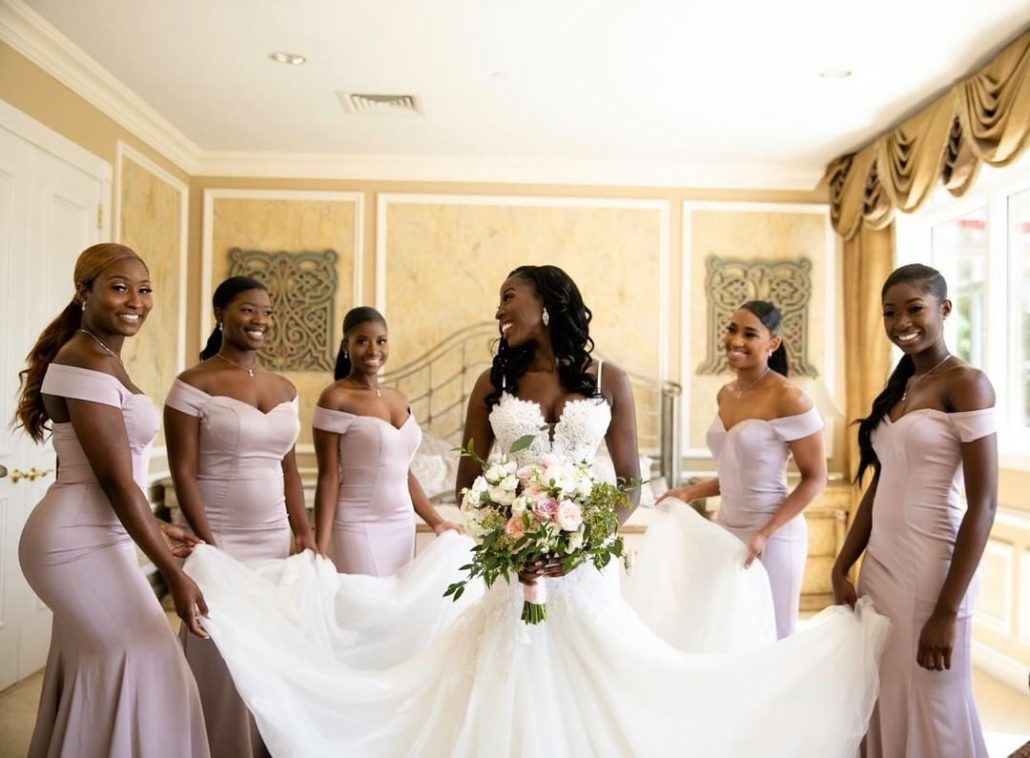 Fanta and Darwin Wedding - Bride and Bridesmaids Bouquet - Stonebridge Country Club - Belluci Films