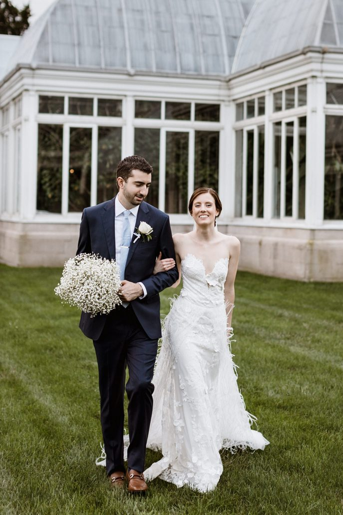 Holly and Anthony Wedding - Bride and Groom - New York Botanical Garden - Justin Johnson Photography